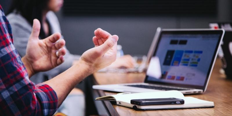 Managing business relationships-446690-edited